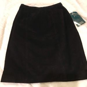 Never Worn Black Suede Skirt w Tags Size 4